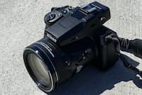 ニコン「COOLPIX P950」(ニコン公式オンラインショップ価格10万6040円=税込)。光学83倍ズームを搭載し、超望遠撮影ができる