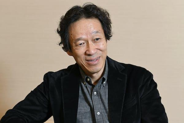 たかはし・あきや 美術史家。1953年生まれ。東京芸術大学大学院美術研究科修士課程修了。国立西洋美術館主任研究官・学芸課長を経て三菱一号館美術館初代館長に就任。美術館は今年、開館10周年を迎えた。