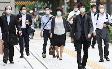 緊急事態宣言解除後のオフィス街(東京・大手町)