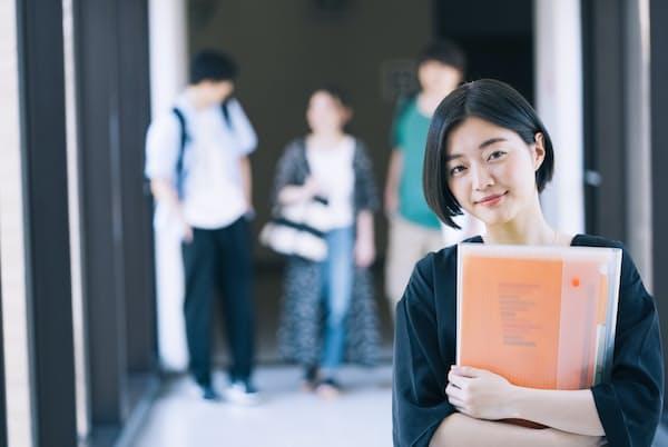 大学など高等教育無償化の対象が広がっている(写真はイメージ=PIXTA)