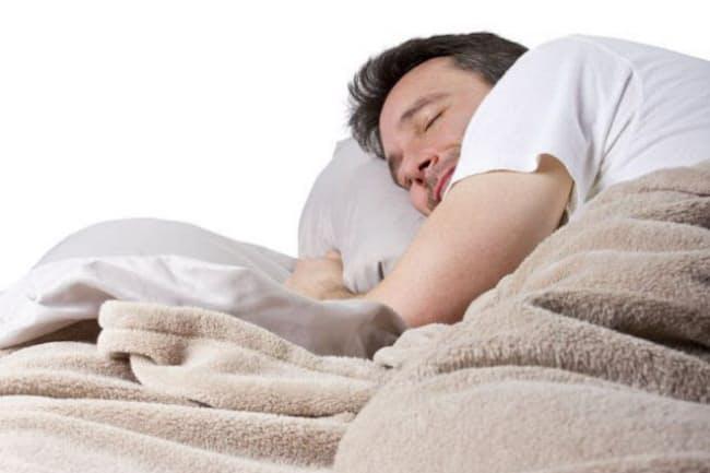 「夜の9時間以上の睡眠」や「90分超の昼寝」、「質の悪い睡眠」は脳卒中リスクを高める可能性が明らかに。(C)Rommel Canlas-123RF
