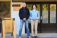 長崎に移住してゲストハウス「さいとう宿場」を経営する齊藤夫妻