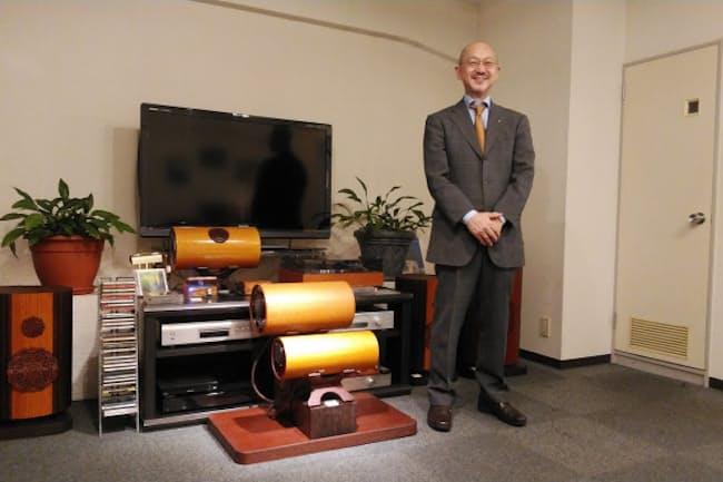 エムズシステムの三浦光仁社長は「試聴室はあえて簡素にした」と笑う