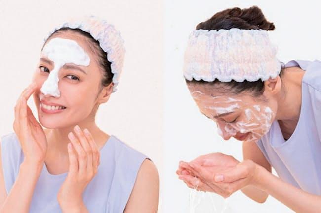 透明肌は古い角質をとり除く朝晩の洗顔で