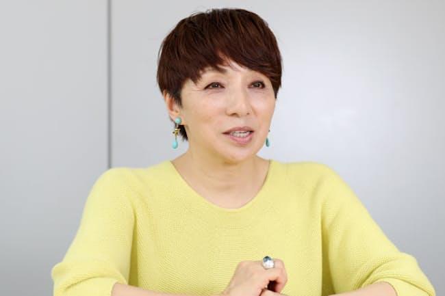 さかじょう・みき 1959年大阪府生まれ。関西学院大学卒業後、テレビ新潟にアナウンサーとして入社。85年に退社し、ラジオパーソナリティー、ナレーター、司会者として活動。映画コラム執筆も手掛ける。