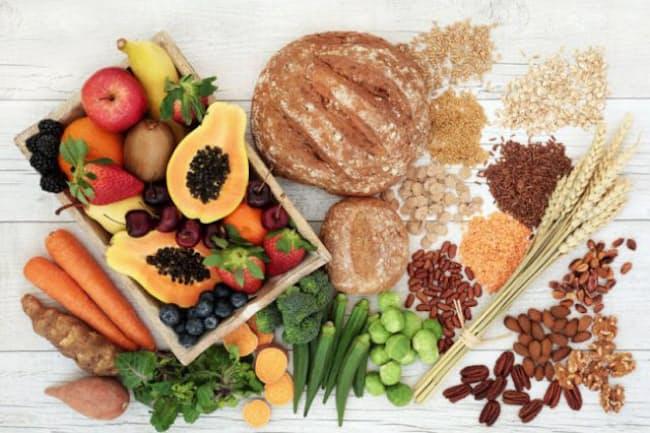 食物繊維を多くとる人ほど死亡リスクが低いことが、日本人のデータで明らかに。(C)marilyn barbone-123RF