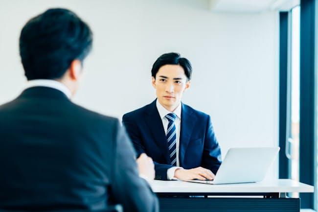 プロ集団をつくるには人材の採用から戦略が必要(写真はイメージ=PIXTA)