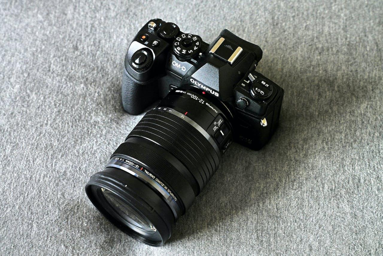 オリンパスのミラーレス一眼カメラ「OM-D E-M1 Mark III」。公式オンラインストアの販売価格は21万7800円(税込み)