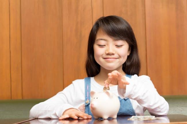 おこづかいは子どもの金銭感覚を磨くチャンス(写真はイメージ=PIXTA)