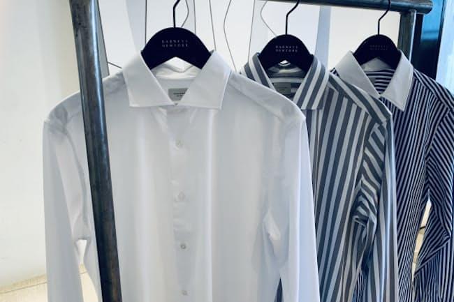 新素材で作られた画期的なシャツは楽して格好いいという今どきのわがままをかなえる (左から)白 税別25,000円、ストライプ、クレリック 各税別26,000円/トライアーノ(バーニーズ ニューヨーク カスタマーセンター)