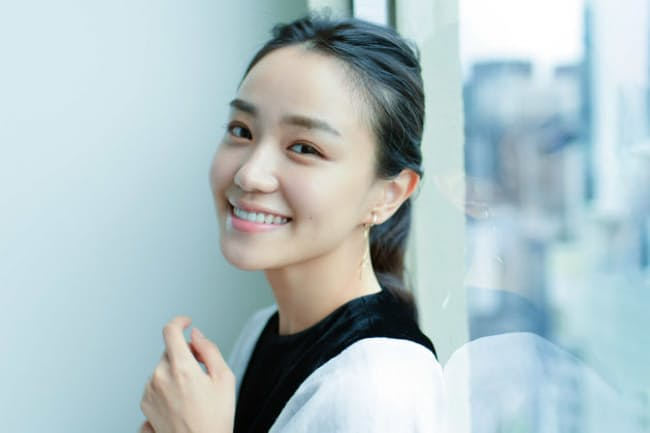 数々の話題作に出演し、注目を集める女優の奈緒さん