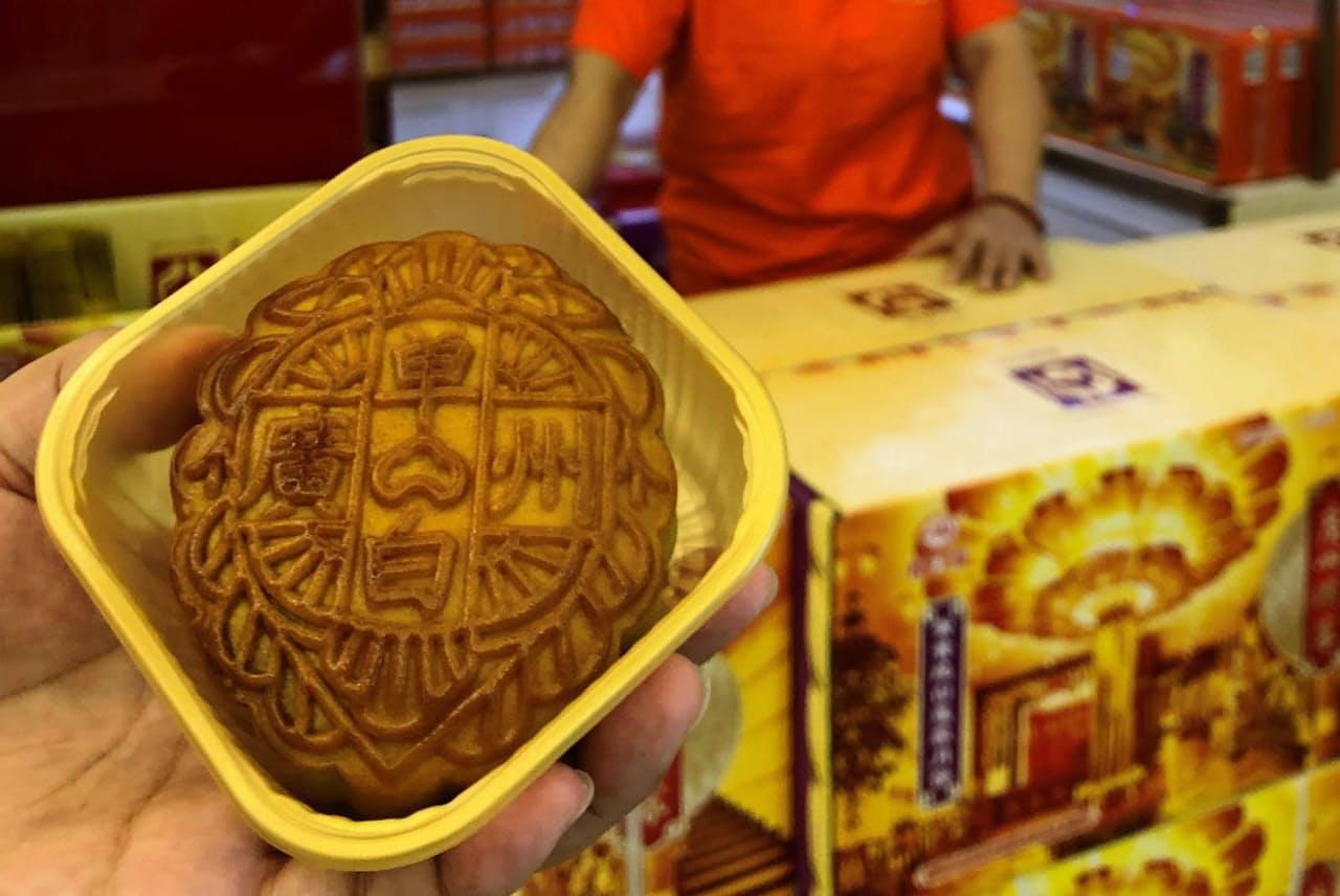 広東省広州市の料理店「広州酒家」では、多い日に1600箱以上の月餅が売れる