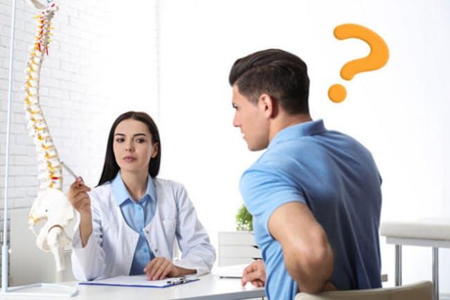 腰が痛くて整形外科を受診したのに「様子を見ましょう」と言われたことはないだろうか?(c)Olga Yastremska-123RF