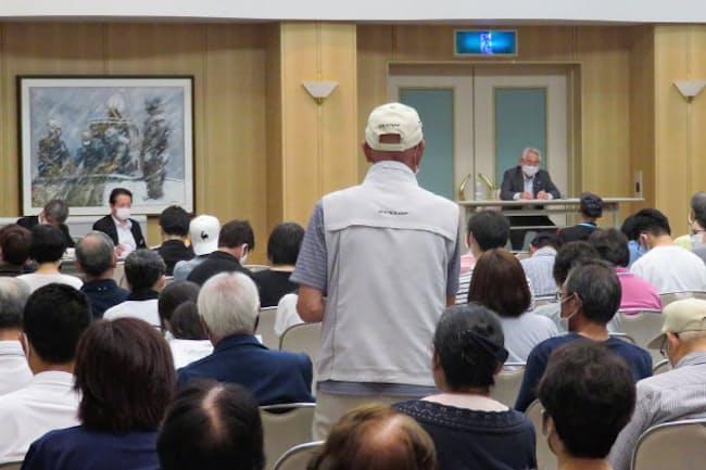 北海道寿都町で開かれた「核のごみ」説明会