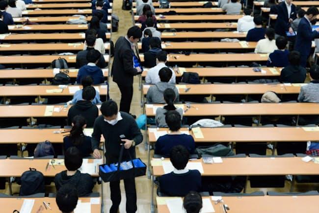 来年は無事に入試を実施できるか(19年1月の大学入試センター試験、東京都文京区の東京大学)