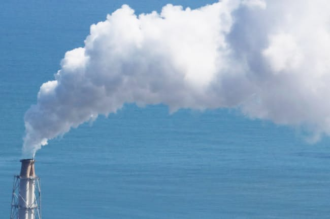 日本には約140基の石炭火力発電所が残っている(写真はイメージ)