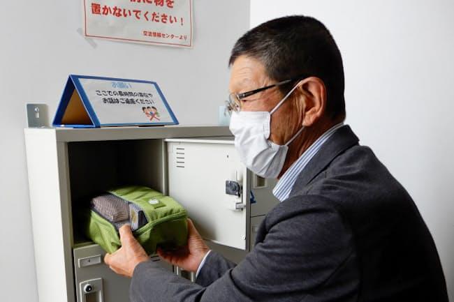 熊本県益城町の前田勝さんは災害に備えて町施設に装具を保管している=前田さん提供