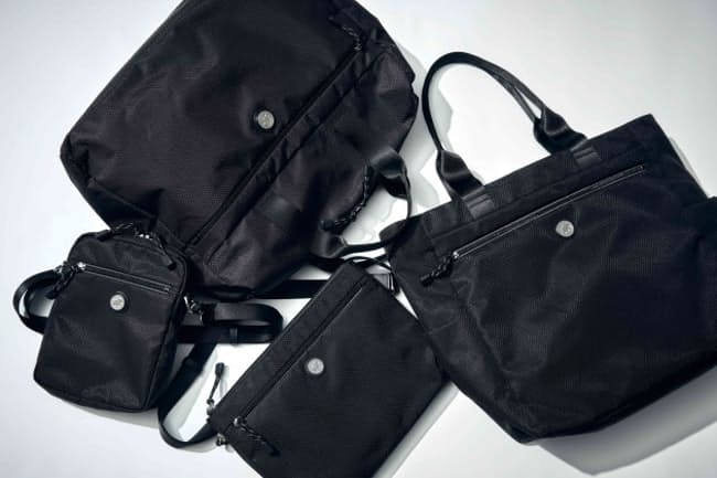 防弾チョッキや軍用バッグの素材を使った丈夫さが売り物
