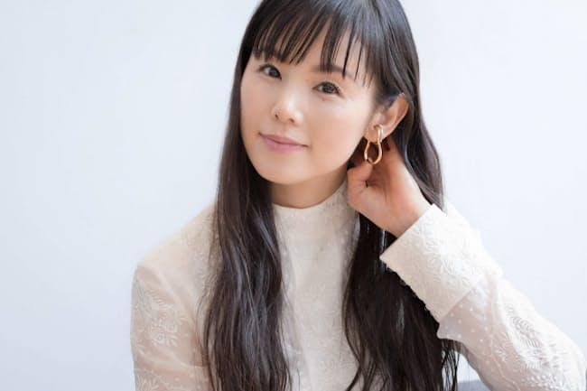 女優、音楽活動とマルチに活躍する小西真奈美さん