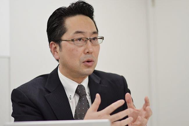 「人気の柱はイチゴ系」と森永製菓の村瀬光隆・菓子マーケティング部長は説明する