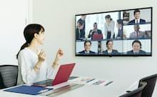 オンライン会議でも「無駄」が円滑なコミュニケーションをうむ。写真はイメージ