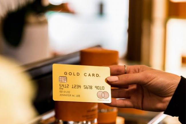 「ラグジュアリーカード」は2008年米国で生まれ、16年に日本で、18年からは中国でもサービスを展開