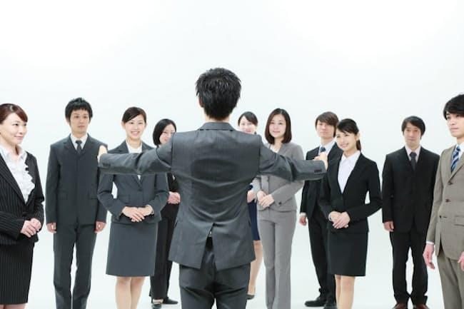 リーダーには「声」でチームを動かす能力が求められる(写真はイメージ) =PIXTA