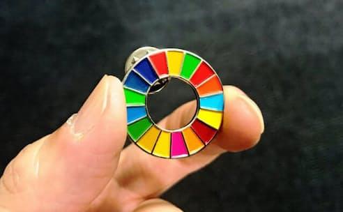 SDGsに取り組んでいることを示すバッジ
