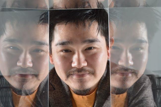 『データから真実を読み解くスキル』を著した松本健太郎さん。報道ベンチャーのJX通信社に在籍するデータサイエンティストだ(写真/栗原克己)