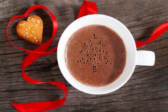 塩とチョコを使い自宅でも簡単にできる「ソルティホットチョコレート」