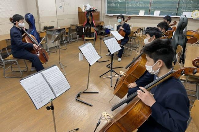 チェロの練習にはチェロ用の部屋がある