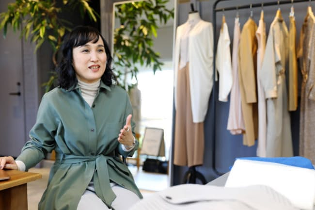 会社員時代のファッションの悩みをビジネスにしたモデラート社長の市原明日香さん