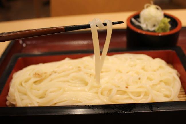 「とやま方舟富山駅店」では細麺の冷やしうどんを味わえる