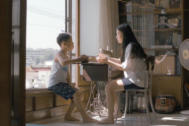 映画「夏時間」は少女の目を通して家族の成長を描く(C)2019 ONU FILM, ALL RIGHTS RESERVED