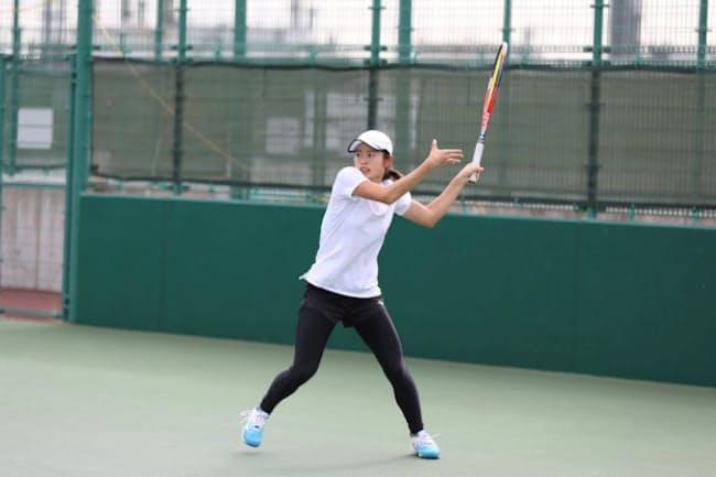 テニスに打ち込んできた大野さんはワコールに内定した