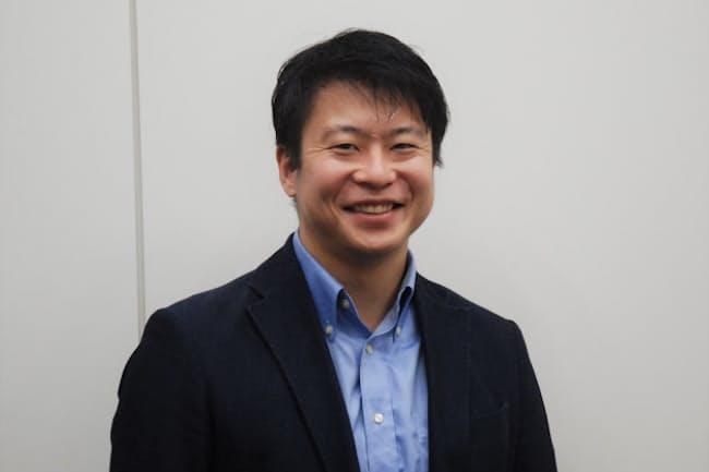 10年で7回の転職経験を持つ経営コンサルタントの村井庸介さん