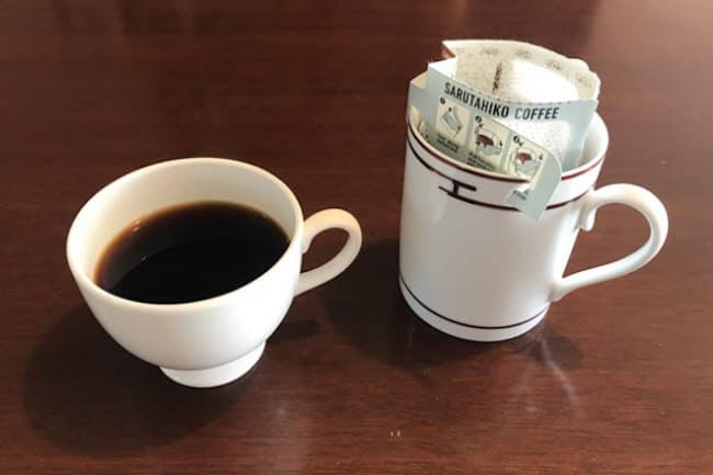 巣籠もり期間の「家飲みコーヒー」需要の増加で、ドリップバッグの売れ行きはコロナ禍以前に比べ2ケタ増の勢いという