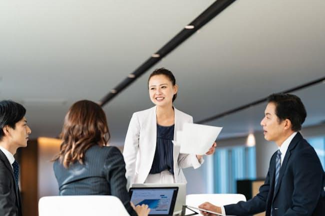 女性幹部を育てる新手法が日本企業で相次いで採用され始めた(写真はイメージ)=PIXTA