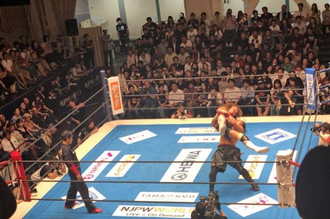 社長時代は進んで表に立ち、スポンサー獲得に努めた=新日本プロレス提供