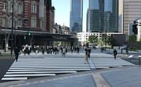 3度目の緊急事態宣言発令後初の平日の東京・丸の内の風景(4月26日午前)