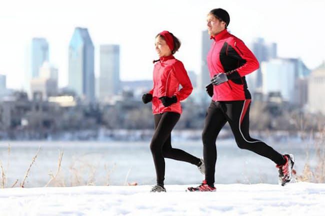 寒いときほど運動で脂肪は燃え上がる?(C)maridav-123RF