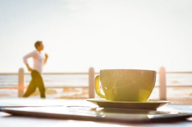 運動前のカフェイン摂取が、脂肪の燃焼を高めることがスペインの研究で示されました。(写真/123RF)